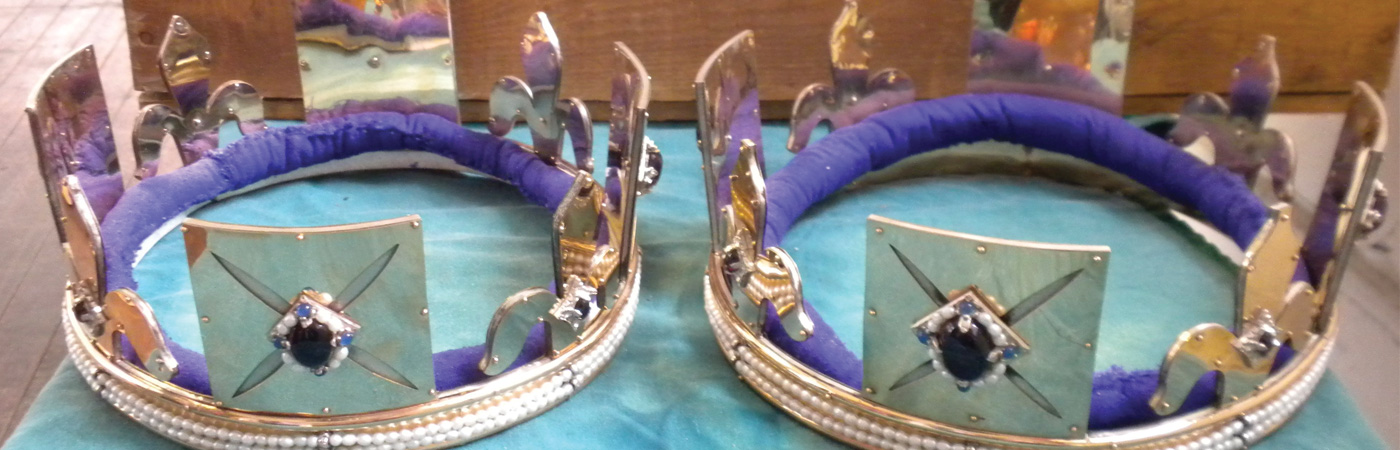 pair of east kingdom crowns